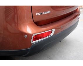Хромированные накладки на задние ПТФ Mitsubishi Outlander 3 2012-2015