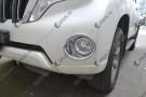 Хромированные накладки на передние ПТФ Toyota Land Cruiser Prado 150 Рестайлинг 1 2013+