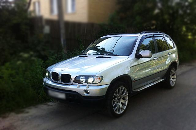 Дефлекторы боковых окон BMW X5 I (E53) (1999-2003)Дефлекторы боковых окон<br>Дефлекторы боковых окон индивидуальны для каждого автомобиля. Продукция изготовлена с помощью точного компьютерного оборудования и новейших технологий. Дефлекторы окон блокируют сильный ветер, бурный поток во...<br>