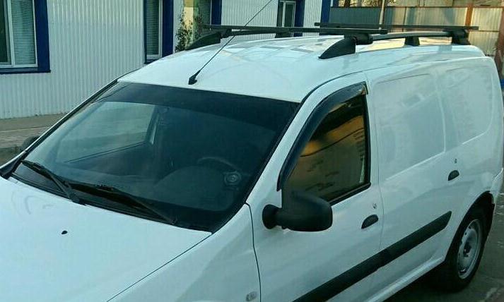 Дефлекторы боковых окон ВАЗ (Lada) Largus фургонДефлекторы боковых окон<br>Дефлекторы боковых окон индивидуальны для каждого автомобиля. Продукция изготовлена с помощью точного компьютерного оборудования и новейших технологий. Дефлекторы окон блокируют сильный ветер, бурный поток...<br>