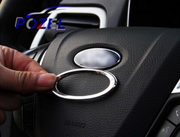 Декоративные накладки на рулевое колесо Ford Mondeo 5 2015+Хромированные накладки Ford Mondeo<br>Декоратинвные молдинги используются для украшения панели приборов, салона и т.д.<br><br><br>Простая и легкая установка (все в комплекте):<br><br><br>Очистить поверхность, куда будут устанавливаться накладки.<br><br>Снять скочт с накла...<br>