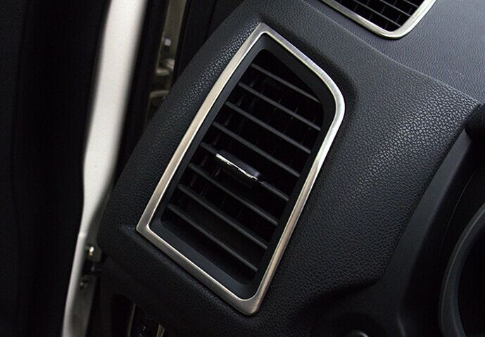 Декоративные накладки для боковых отверстий обдува салона Mitsubishi ASX 1 2010+ AХромированные накладки Mitsubishi ASX<br>Декоратинвные молдинги используются для украшения панели приборов, салона и т.д.<br><br><br>Простая и легкая установка (все в комплекте):<br><br><br>Очистить поверхность, куда будут устанавливаться накладки.<br><br>Снять скочт с накла...<br>