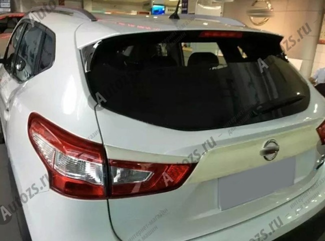 Хромированные накладки на углы спойлера Nissan Qashqai J11 2013+ AХромированные накладки Nissan Qashqai J11 2013-2016<br>Простая и легкая установка (все в комплекте):<br><br><br>Очистить поверхность, куда будут устанавливаться накладки.<br><br>Снять скотч с накладки и преклеить на поверхность....<br>