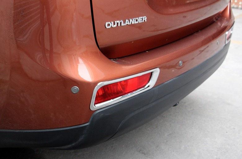 Накладки на задние ПТФ Mitsubishi Outlander 3 2012-2015