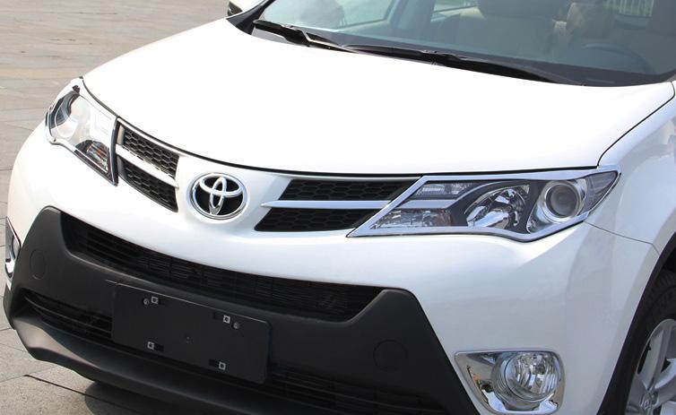 Хромированные накладки на фары Toyota Rav 4 CA40 2013-2015