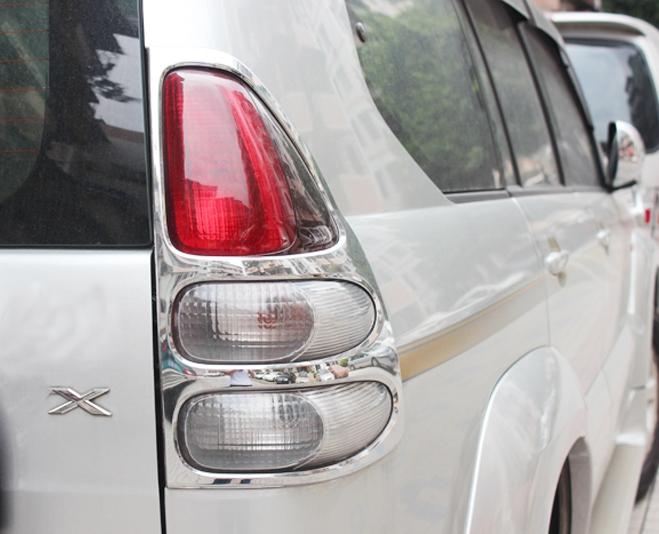 Хромированные накладки на задние фонари Toyota Land Cruiser Prado 120 2002-2009Хром накладки для фонарей<br>Установка накладок на фонари является популярным среди автолюбителей способом внешнего тюнинга автомобилей. Стильные и надежные аксессуары не только служат оригинальными декоративными элементами дизайна, но и вы...<br>