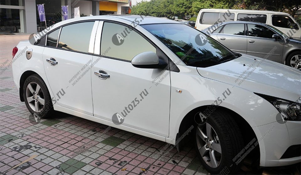 Молдинги окон Chevrolet Cruze 1 2009-2015 (8 молдингов)Хромированные накладки Chevrolet Cruze<br>Молдинги относятся к наиболее распространенным элементам внешнего автомобильного тюнинга. Аксессуары выполняются в виде небольших выпуклых планок для декорирования боковых окон автомобиля. Накладки на окна двер...<br>