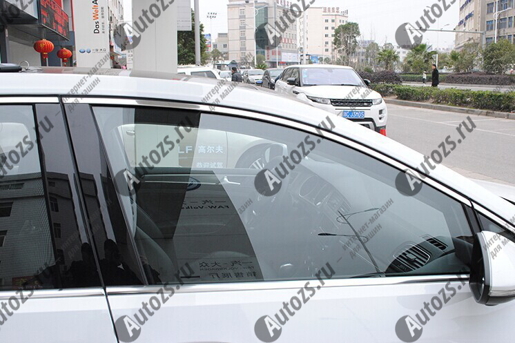 Молдинги окон Volkswagen Golf 7 2013+ (10 молдингов)Хромированные накладки Volkswagen Golf<br>Молдинги относятся к наиболее распространенным элементам внешнего автомобильного тюнинга. Аксессуары выполняются в виде небольших выпуклых планок для декорирования боковых окон автомобиля. Накладки на окна двер...<br>