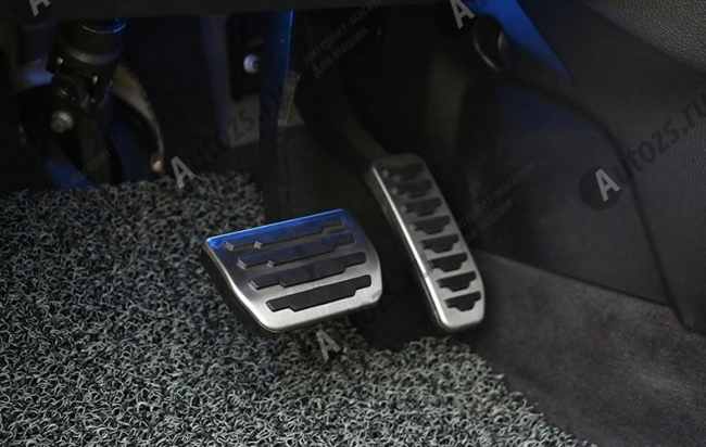 Купить со скидкой Накладки на педали Land Rover автомат