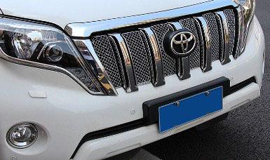 Накладка хром сетка на решетку радиатора Toyota Land Cruiser Prado 150 Рестайлинг 1 2013+Накладки на Toyota Land Cruiser Prado 150 2013+<br>Декоративные накладки разработаны специально для установки на решетку радиатора автомобиля Toyota Land Cruiser Prado.Они придают транспортному средству завершенный, уникальный образ и обеспечивают защиту установленной з...<br>