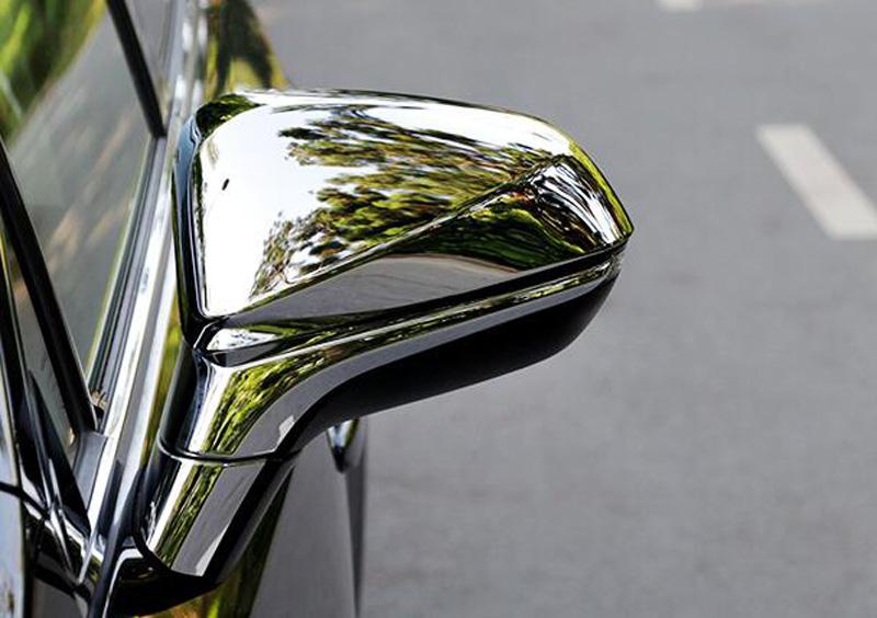 Накладки на зеркала заднего вида Lexus RX 4 2015+Хром накладки на зеркала<br>Использование накладок на зеркала придает автомобилю оригинальный и презентабельный вид, эффектно выделяя его из общего потока транспорта. Кроме того, плавные изгибы накладок повышают обтекаемость и улучшают аэро...<br>